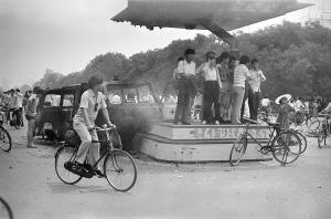 Đại lộ Trường An ngày 4/6/1989 (Alan Chin)