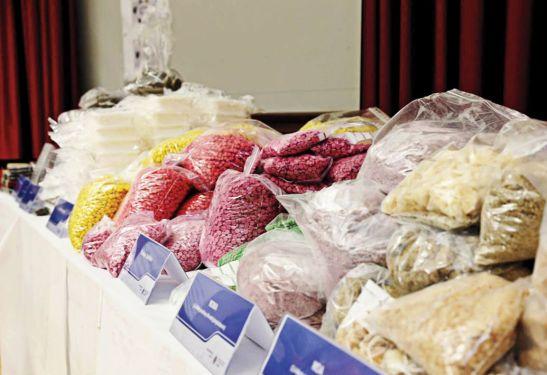 Ma túy bị tịch thu từ một người bán trên Dark Net ở Đức hồi tháng 3 (Ảnh: Polizei Sachsen)